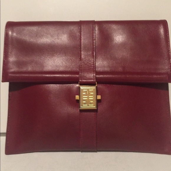 GIVENCHY Red Clutch with Minor